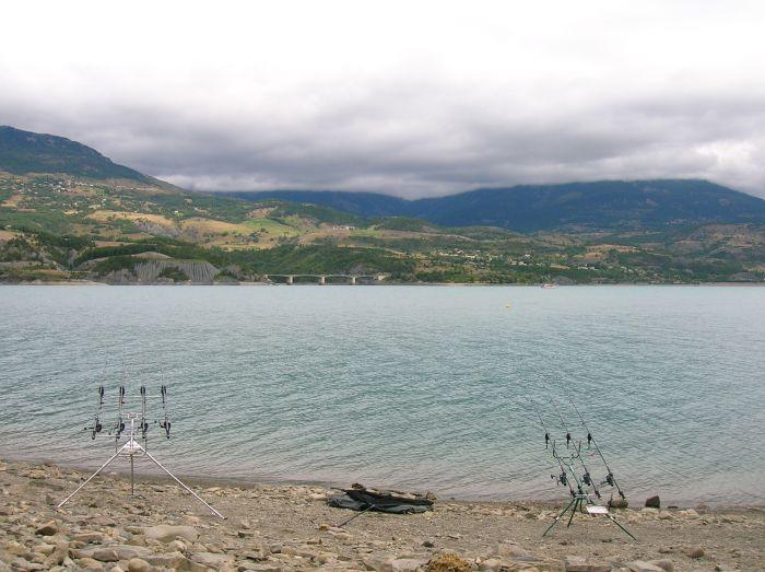 Lac Serre Poncon : Lac de serre ponçon alpes de haute provence 04 hautes alpes 05