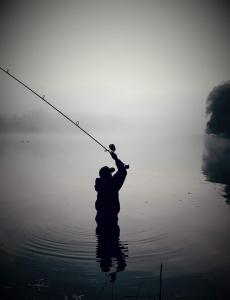 Deception Angling est une marque anglaise qui propose une large gamme de produits dédiés aux montages pour la pêche à la carpe