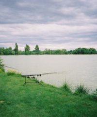 Grand lac de Peyssies