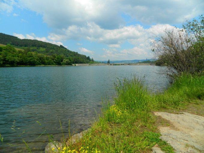 Lac de barrage de Soulage