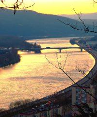 Le Rhône – Sur tout son linéaire – Rive gauche