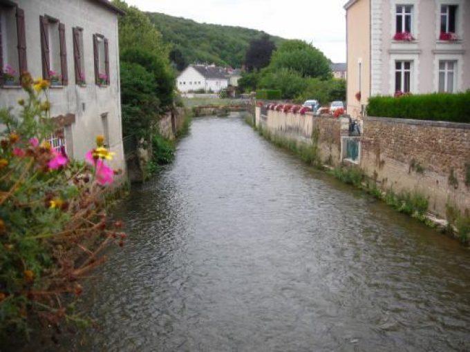 Le Loir à Chartres sur Le loir